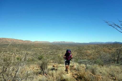 9 tips for hiking in hot weather